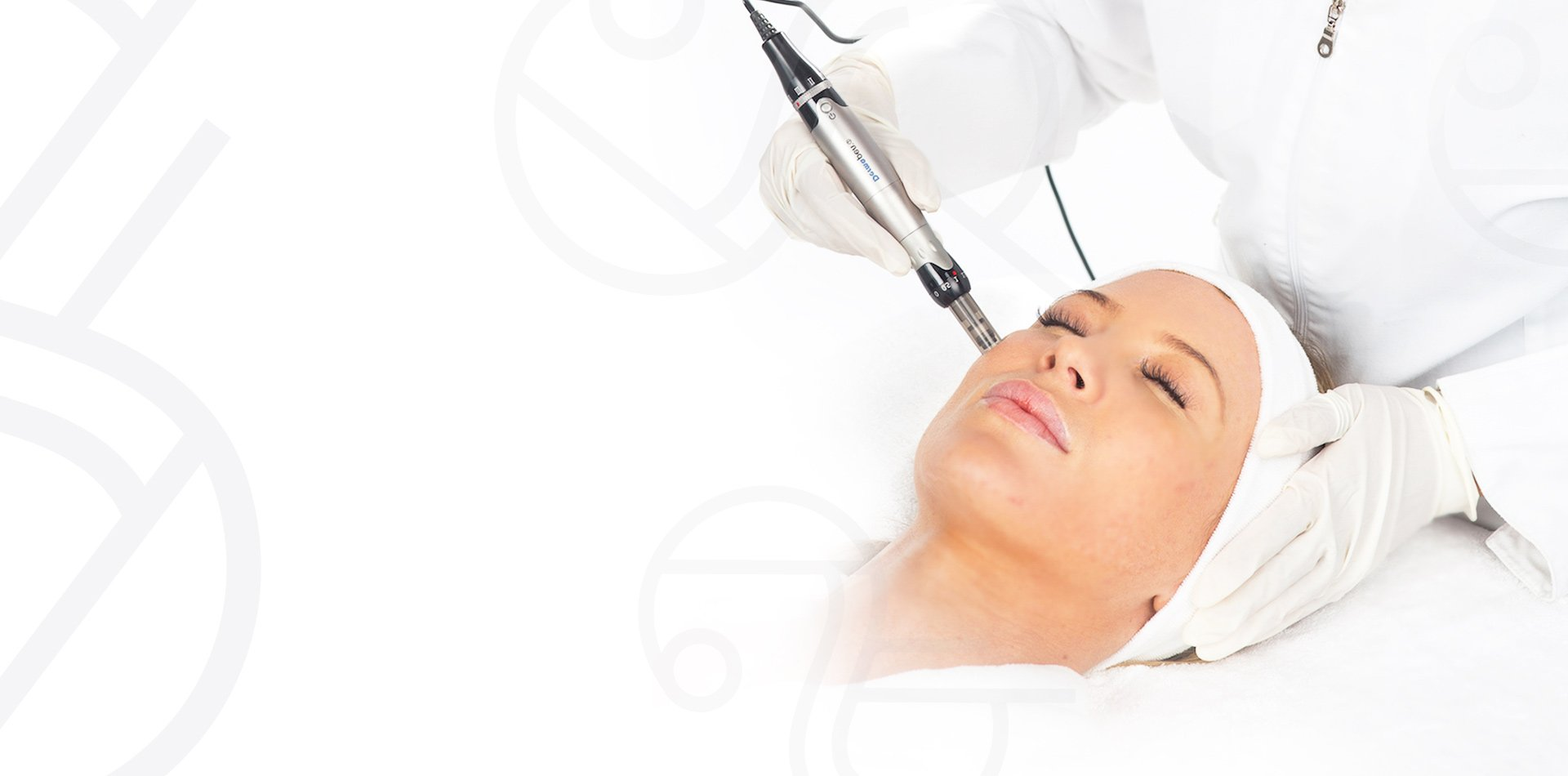 Featured image - What is dermapen micro-needling?